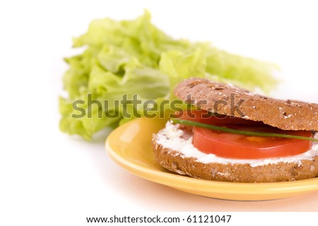 sandwich with tomato and cream cheese