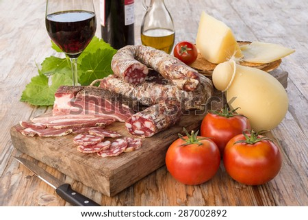 Sardinian salami and cheese, Italian Food