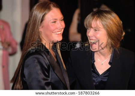 Schuyler Fisk and mother Sissy Spacek at 2001 AMERICAN FILM INSTITUTE AWARDS, LA, CA 1/5/2002