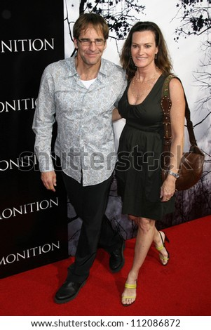 "Scott Bakula and Chelsea Field at the World Premiere of ""Premonition"". Arclight Cinerama Dome, Hollywood, CA. 03-12-07 - stock photo"