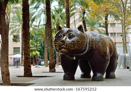 Sculpture of cat in in the El Raval district of Barcelona - stock photo