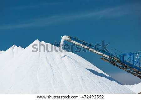 Sea salt production and storage