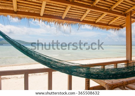 Sea view from huts, cottages, sunbeds and chairs