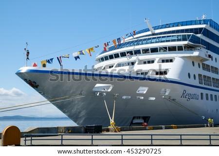Seattle Wa Usa July Stock Photo Shutterstock - Oceania regatta cruise ship