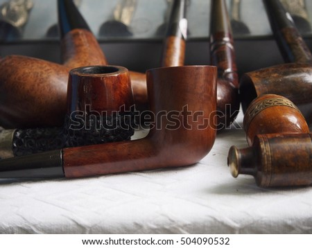Second hand pipes in the market