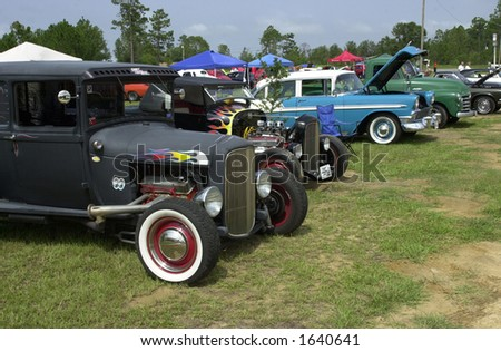 Selection of Old Cars in Mississippi, Sponsored by Coast Cruizers.