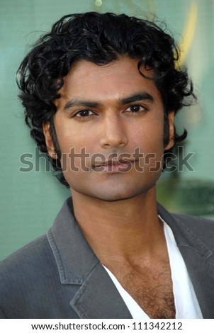 "Sendhil Ramamurthy at An Evening with ""Heroes"" presented by the Academy of Television Arts and Sciences. Leonard H. Goldenson Theatre, North Hollywood, CA. 04-23-07"