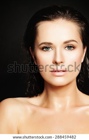 Sensual Beautiful Woman with Healthy Skin