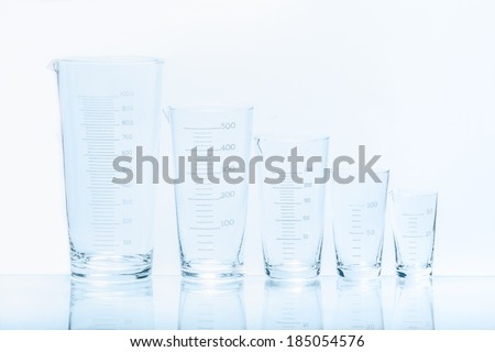 Set of five empty temperature resistant conical beakers of different capacity for measurements