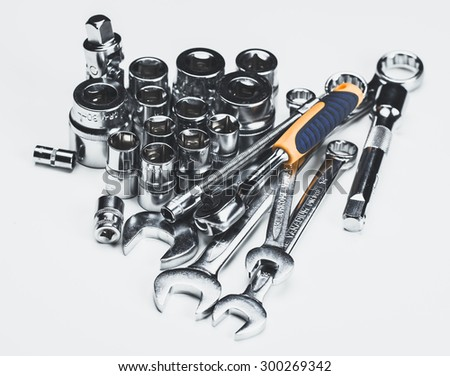 Set of tools, toolkit