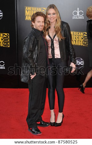 Seth Green & Clare Grant at the 2009 American Music Awards at the Nokia Theatre L.A. Live. November 22, 2009  Los Angeles, CA Picture: Paul Smith / Featureflash