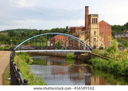 Sheffield - city in South Yorkshire, UK. River Don footbridge. - stock photo