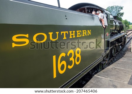 SHEFFIELD PARK, SUSSEX/UK - JULY 26 : U class locomotive at Sheffield Park station in Sussex on July 26, 2014. Unidentified people.