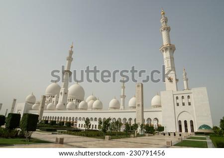Sheikh Zayed Grand Mosque in Abu Dhabi, United Arab Emirates - stock photo