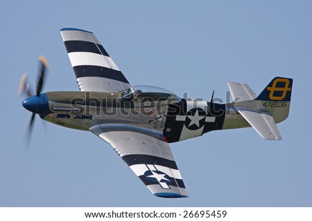 SHOREHAM AIRPORT,SUSSEX - SEPTEMBER 31 : P51D Mustang  displays a topside pass at the Battle of Britain Airshow on September 31, 2008 in Shoreham Airport, Sussex, United Kingdom.