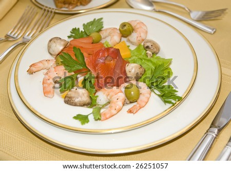 shrimp parsley olives and red fish