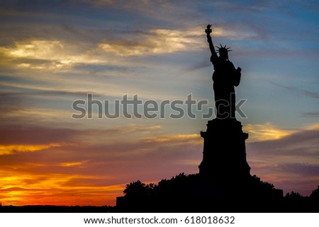 silhouette of liberty statue