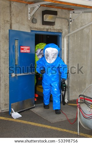 Simulated Ammonia Leak In The Cold Storage Warehouse Of Fred Meyer  Distribution Plant. Drill Involved