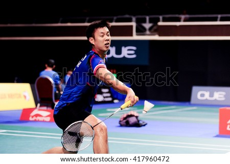 Singapore - 14 April 2016: Mens singles Boonsak Ponsana of Thailand versus Chen Long of China in OUE Singapore Open 2016 round of 16.