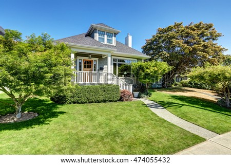 Nice simple american two story house stock photo 96517015 for Simple american house