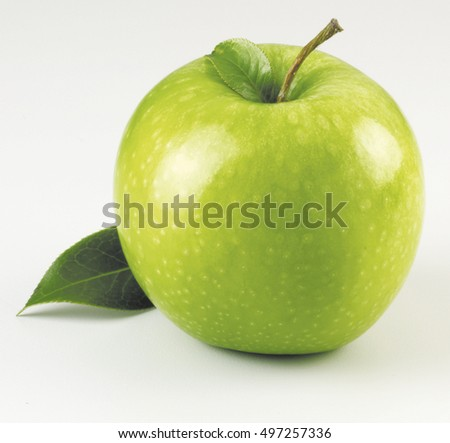 SINGLE GREEN APPLE WITH LEAVES
