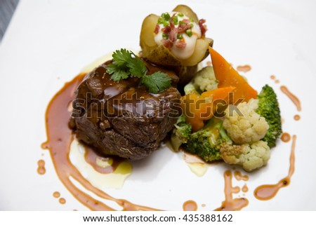 Sirloin steak with barbecue sauce