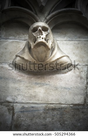 Skull detail in stone on cathedral exterior