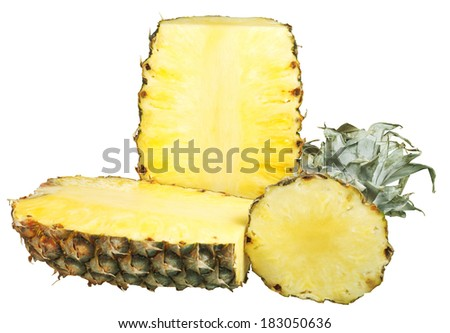 sliced �¢??�¢??ripe pineapple isolated on white background