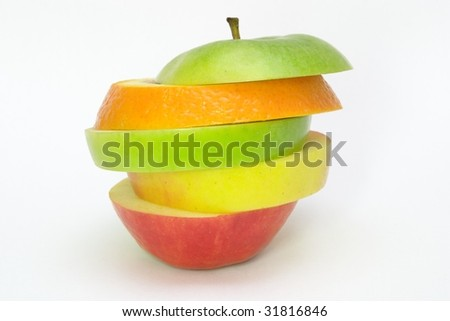 slices of an apple and an orange
