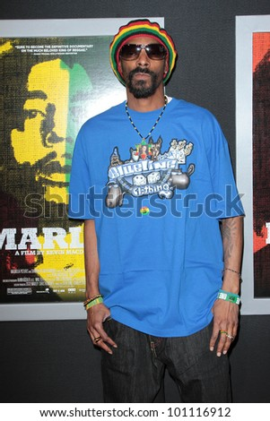 """Snoop Dogg at the """"Marley"""" Los Angeles Premiere, Cinerama Dome, Hollywood, CA 04-17-12 - stock photo"""