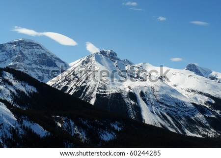Snow mountain in spring at columbia icefield area, jasper national park, alberta, canada