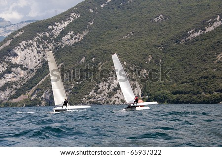 Some Catamarans are initiated to the departure of a regatta