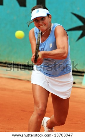 South Africa's professional tennis player Chanelle Scheepers during her match at French Open 2008, Roland Garros. Paris, France.