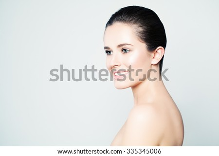 Spa Beauty. Woman with Healthy Skin