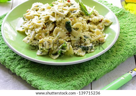 Spinach and Pine Nut Pasta