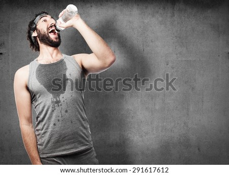 sportsman drinking water