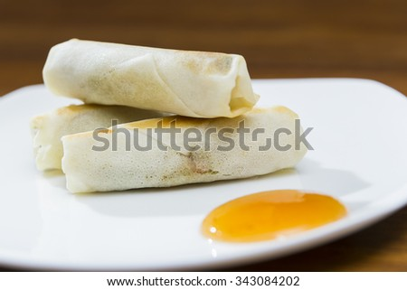 Spring Rolls and Dipping Sauce Plate