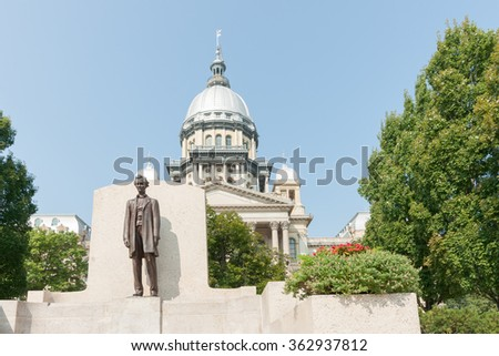 SPRINGFIELD, ILLINOIS, USA - SEPTEMBER 1; statue of Abraham Lincoln in front of the state capitol building on September 1, 2015 in Springfield USA