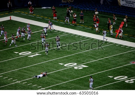 ST. LOUIS - SEPTEMBER 28: Cornerback Jabari Greer (33) of the Bills returns an interception for a touchdown in a game against the Rams at the Edward Jones Dome September 28, 2008 in St. Louis, MO. - stock photo