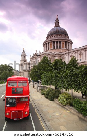 St. Paul's Cathedral and red double-decker. Cathedral was designed by court architect Christopher Wren