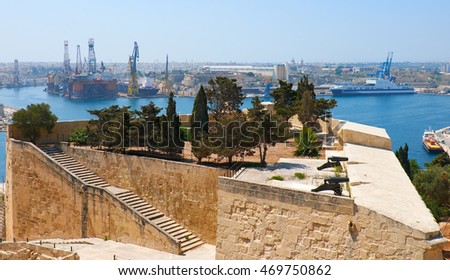 St. Peter & Paul Bastion and the Grand Harbour on the background, Valletta. Malta