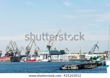 St.Petersburg, Russia - May 16, 2016: Working process on Admiralty dock yards. View from Leutenant Schmidt embankment.