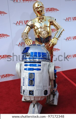 Star Wars characters R2D2 & C3PO at the AFI Life Achievement Award gala honoring George Lucas. June 9, 2005  Los Angeles, CA.  2005 Paul Smith / Featureflash
