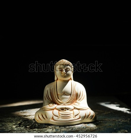Statue buddha - stock photo