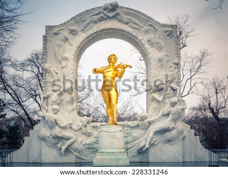Statue of Johann Strauss in Vienna Stadtpark - stock photo
