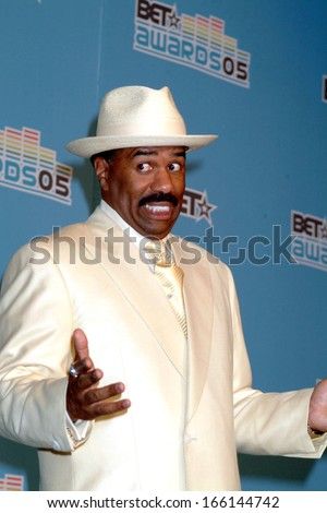 Steve Harvey in the press room for BET Awards 2005, The Kodak Theatre, Los Angeles, CA, June 28, 2005