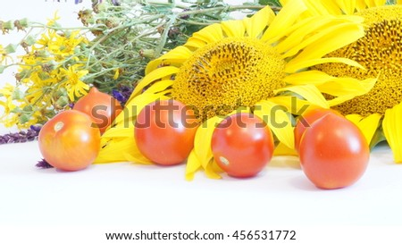Still life of fruit and a bouquet of flowers