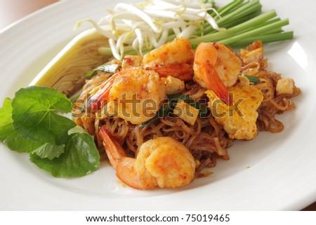 Stir Fried Noodle with Shrimp (Phad Thai) - stock photo