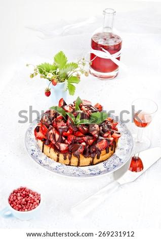 strawberry cake, gluten free, diet, sugar free, strawberry liqueur,strawberry sirop - stock photo