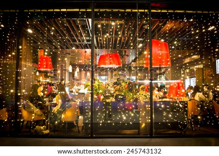 Street city night lights in restaurants